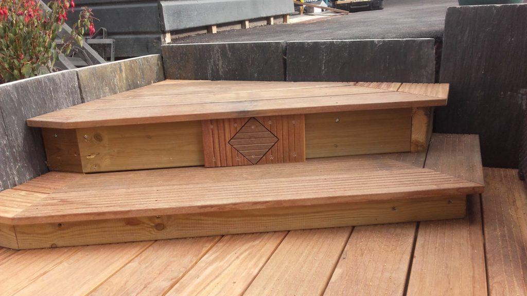 Terrasse en bois réalisée par Morin Construction Bois dans le Maine et Loire 49
